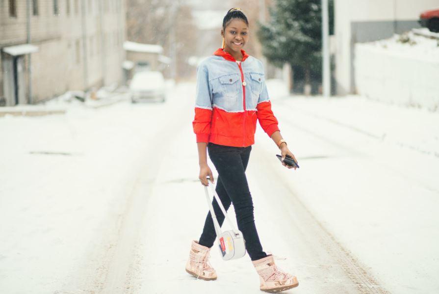 Jak wybrać buty zimowe damskie na spacery i wycieczki